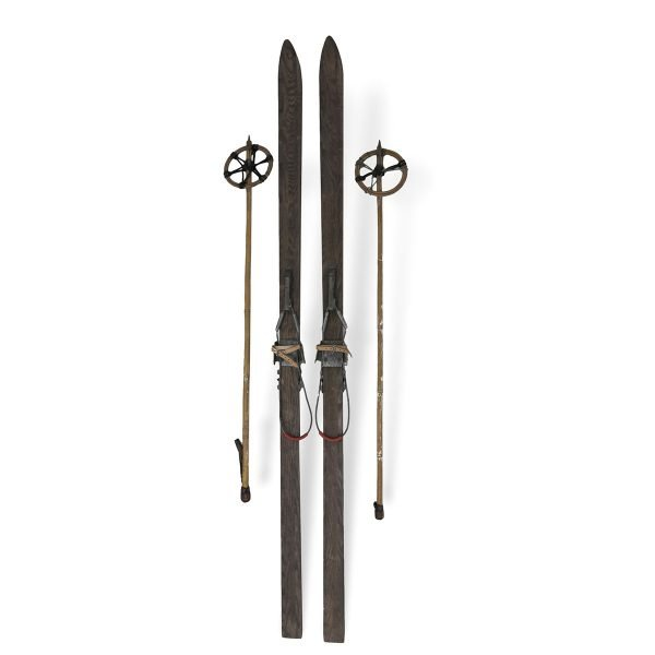 Sci antichi completi di racchette Francomario